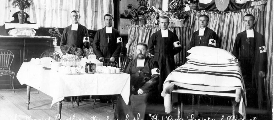 1900-Boer-War-Brothers--in-Red-Cross