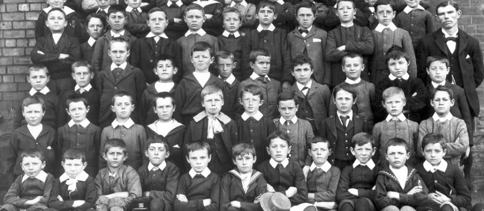 1896-pupils-teacher-Joe-Geddes