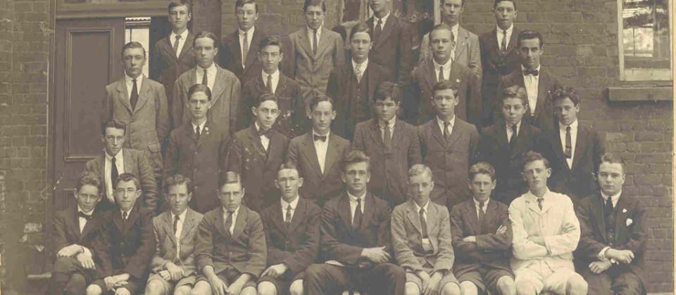 1920-J