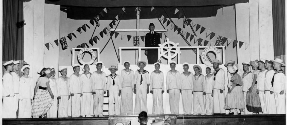 1957-HMSPinafore50%